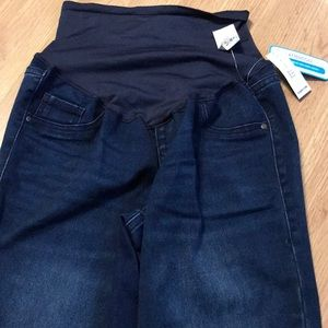 old navy women's maternity pants size 6